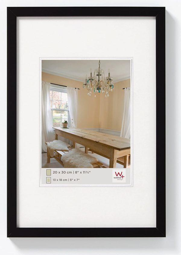 Walther Design Galerierahmen Holzrahmen Modell Peppers verleit durch seinen schmalen Holzrahmen ein wohlfühl Ambiente mit viel Charme.